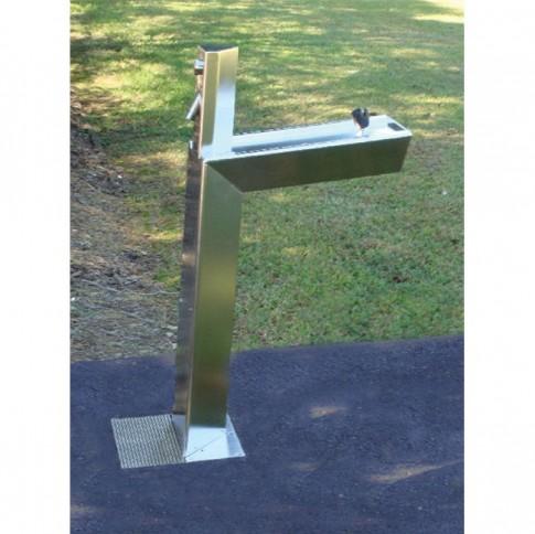 aquafil-bold-water-refill-station-drinking-fountain-park